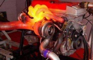 Что такое вспомогательный насос охлаждающей жидкости двигателя?